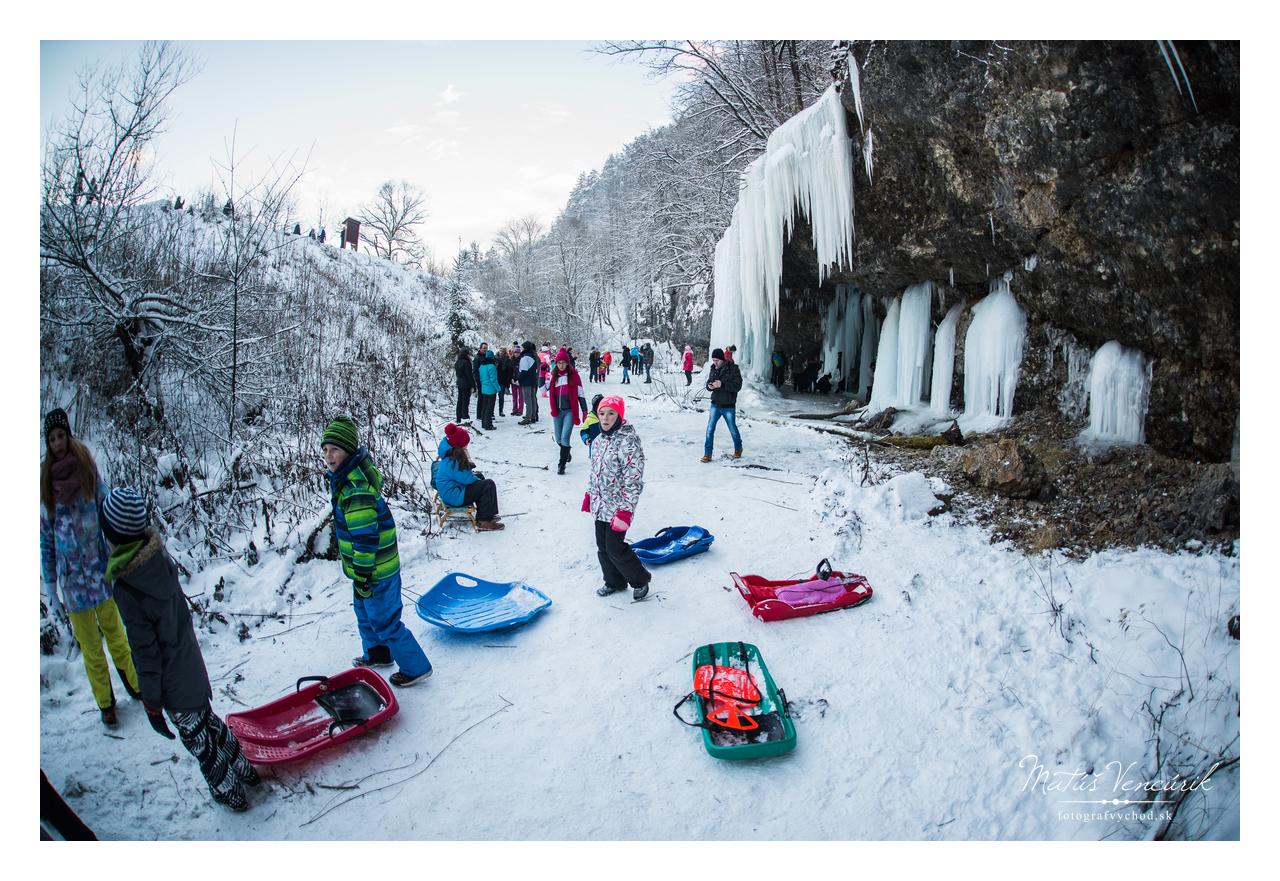 Ľadopád Šikľavá skala, Matejovce, Svadobný fotograf Matúš Vencúrik, Fotograf východ, svadobné fotky